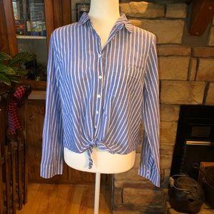J.Crew long sleeve front tie shirt size Large EUC